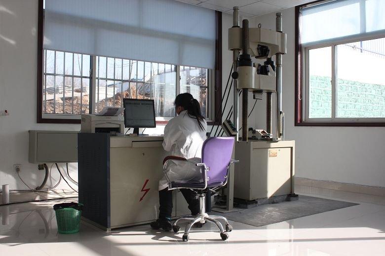 微型控制电液伺服万能试验机