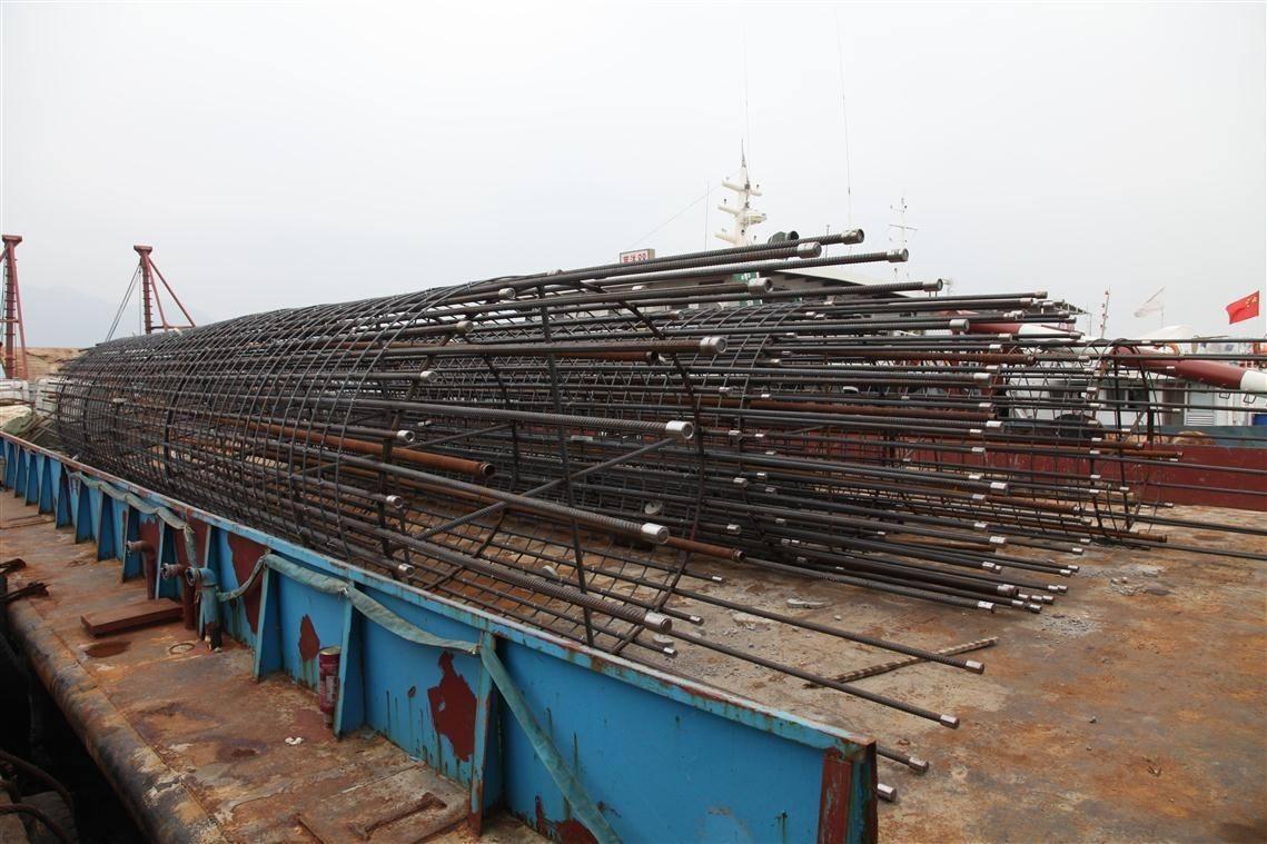 钢筋笼绑管